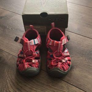 Keen Raya Honeysuckle sandals. Baby/Toddler size 6